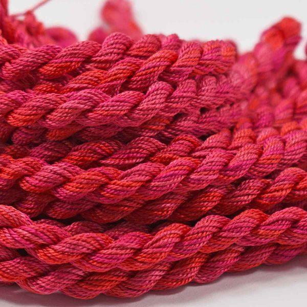 pink-orange-silk-perle-colour-complements