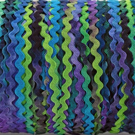 blue-green-purple-ric-rac-colour-complements