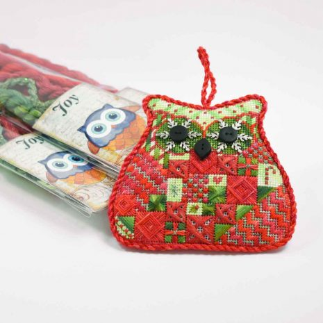 needlepoint-owls-colour-complements