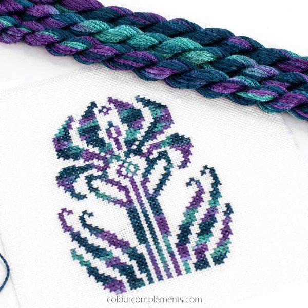 floral-cross-stitch-pattern