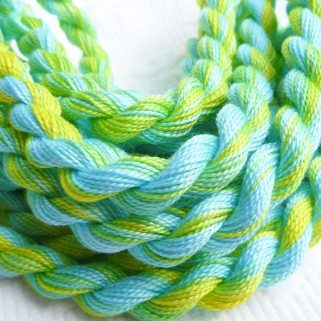 turquoise-lime-colour-complements